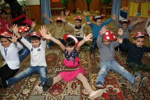 Празници и интересни дейности в групите